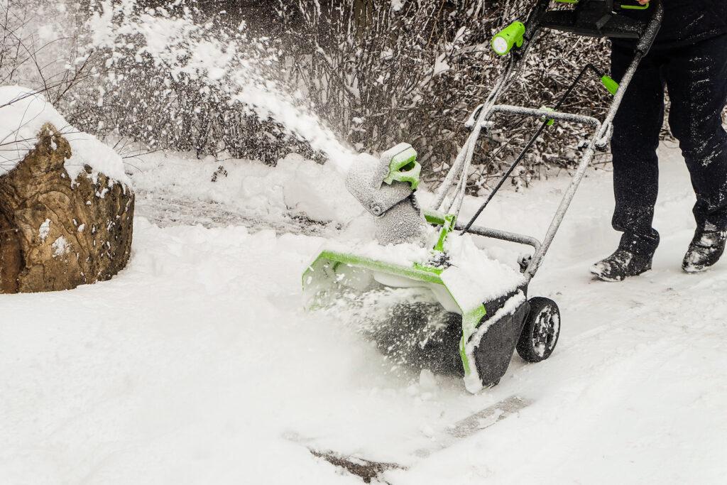 Greenworks Snow Throwers in Aberdeen, SD